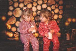 Children drinking milk